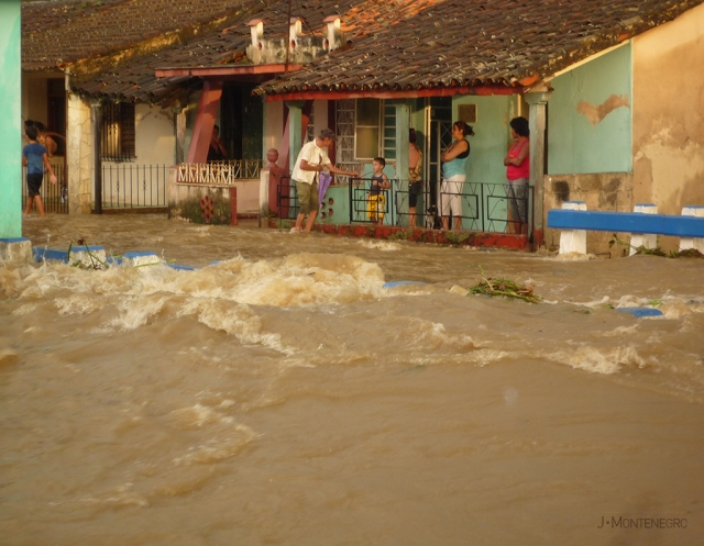 calle-la-linea-inundada